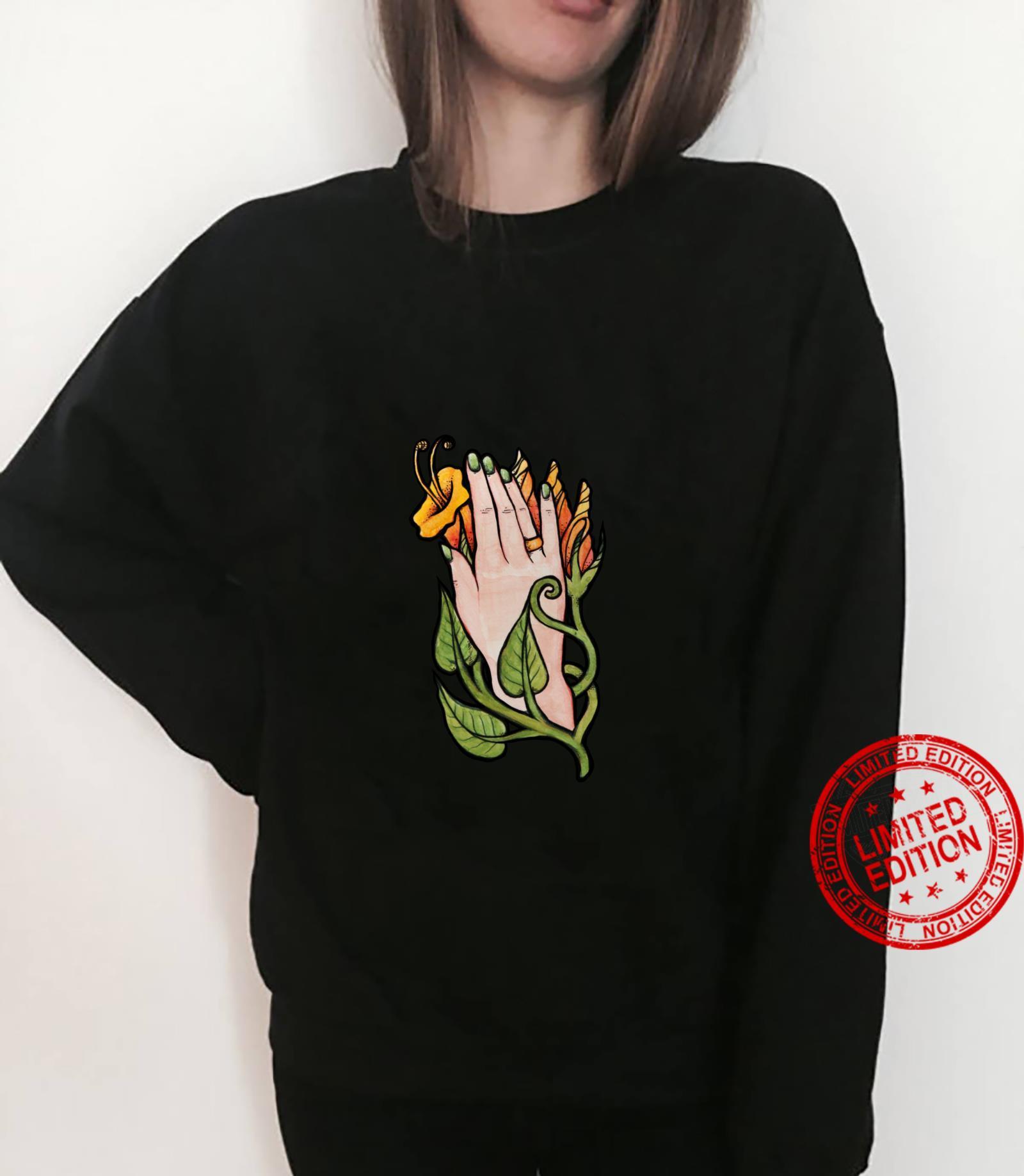 Trumpet Flower Hand Shirt sweater
