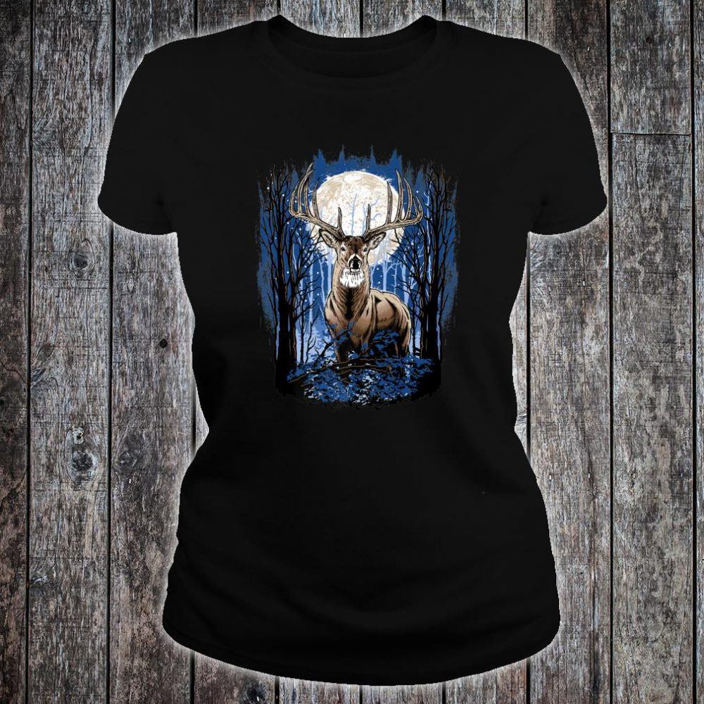 Hunters Deer Hunting Big Whitetail Buck Shirt ladies tee